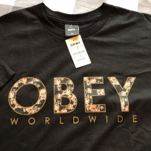 Obey Shirts - Men's medium size Obey s-shirt